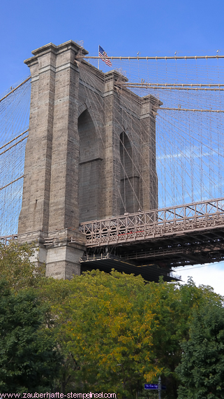 New York_Brooklyn Bridge_Brooklyn